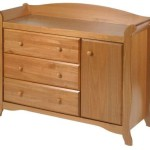 Stork Craft Aspen Combo Dresser Chest, Oak