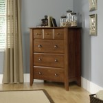 Oiled Oak 4 Drawer Dresser Chest