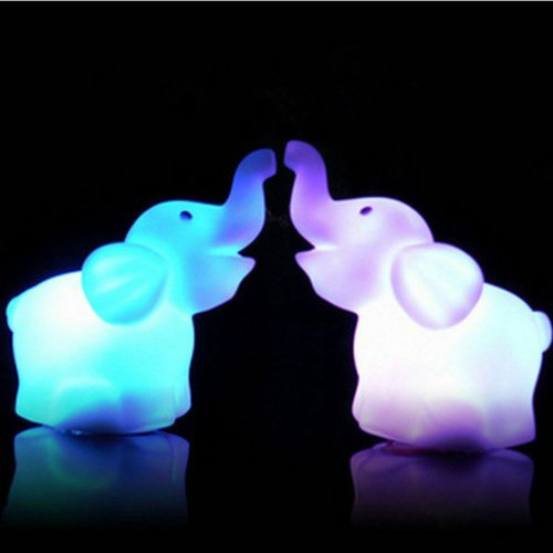 A pairs 7 Color Changing Elephant LED Night Light Lamp with Battery Party D¨¦cor
