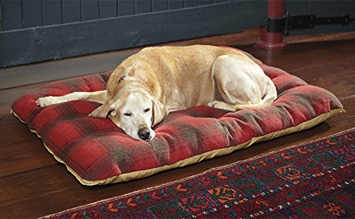 Orvis Futon Dog Bed With Polyester Fill / Large Dogs 70-100 Lbs., Red Plaid,