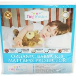 Waterproof Crib Mattress Cover – Fully Enclosed Pad Made from Organic Bamboo