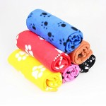 Cute Soft Warm Pet Puppy Dog Cat Paw Print Fleece Blanket Mat Pad Bed Cover Random Color