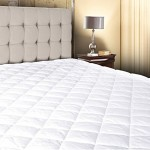 White Cotton – Poly Hypoallergenic Comfortable Soft – Queen Size Quilted Fitted Mattress Pad Cover 60″ x 80″ – Up To 20″ Deep
