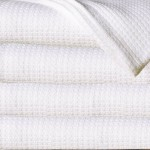 Sun Yin 100-Percent Cotton Full/Queen Blanket, White