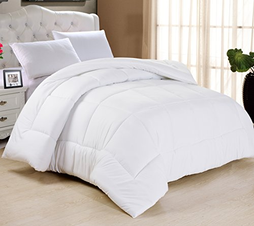 Swift Home All-season Oversized & Overfilled Extra Soft Luxurious Classic Light-Warmth Goose Down-Alternative Comforter, King 104″ x 90″, White