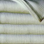 Sun Yin 100-Percent Cotton King Blanket, Light Green