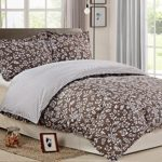 NTBAY 3 Pieces Reversible Printed Microfiber Duvet Cover Set (King, White and Black(King, Grayish brown)