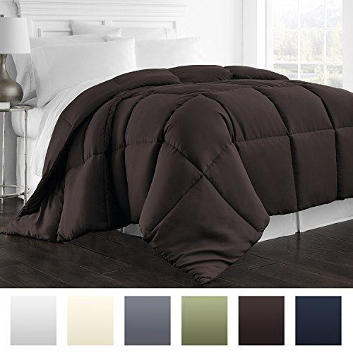 Beckham Hotel Collection 1800 Series – All Season – Luxury Goose Down Alternative Comforter – Hypoallergenic –King/Cal King – Chocolate