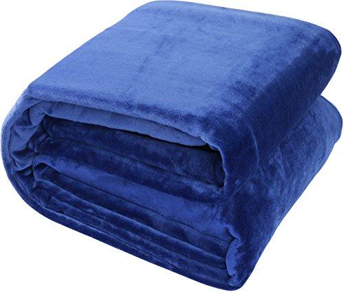 Flannel Fleece Blanket Navy Blue (Twin) Lightweight Cozy Couch/Bed Blanket – Plush Microfiber – Solid Color – Utopia Bedding