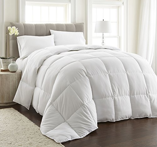 ULTRA WARMTH White Down Alternative Comforter w/ Space Saver Storage Bag, Duvet Insert, Corner Tabs, Piped Edges, Protection Against Dust Mites, Hypoallergenic, Allergy Free (Ultra Warmth, Queen)