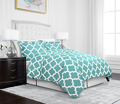 Egyptian Luxury Quatrefoil Duvet Cover Set – 3-Piece Ultra Soft Double Brushed Microfiber Printed Cover with Shams –Full/Queen – Aqua/White