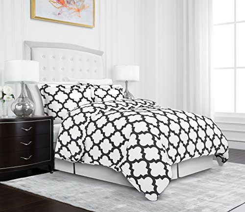 Egyptian Luxury Quatrefoil Duvet Cover Set – 3-Piece Ultra Soft Double Brushed Microfiber Printed Cover with Shams –Full/Queen – White/Gray