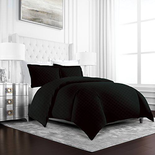 Beckham Hotel Collection Luxury Soft Brushed Microfiber Duvet Cover Set with Embossed Diamond Pattern –Full/Queen – Black