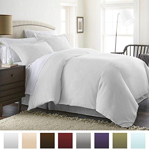 Beckham Hotel Collection Luxury Soft Brushed 1800 Series Microfiber Duvet Cover Set – Hypoallergenic (Full/Queen, Pure White)