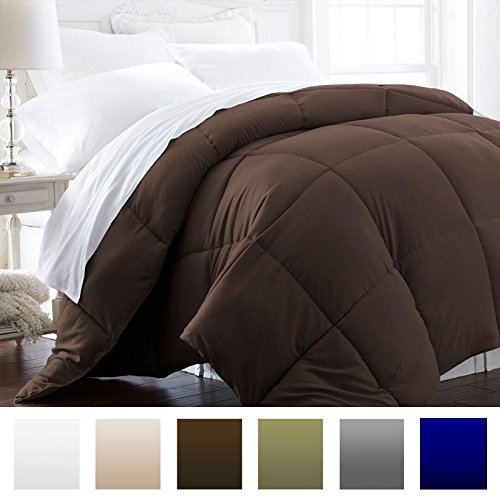 Beckham Hotel Collection 1500 Series – Lightweight – Luxury Goose Down Alternative Comforter – Hotel Quality Comforter and Hypoallergenic – Full/Queen – Brown