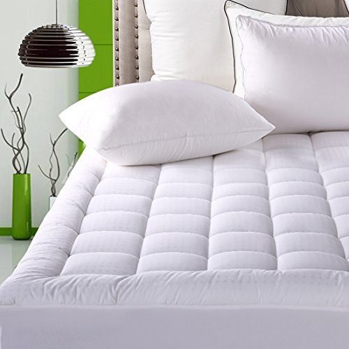 Fitted Quilted Mattress Pad Cover ( 8-21 Inch Deep Pocket ) – Luxurious 300TC 100% Cotton Top – Storm Goose Down Alternative Filled – Cal King Mattress Topper